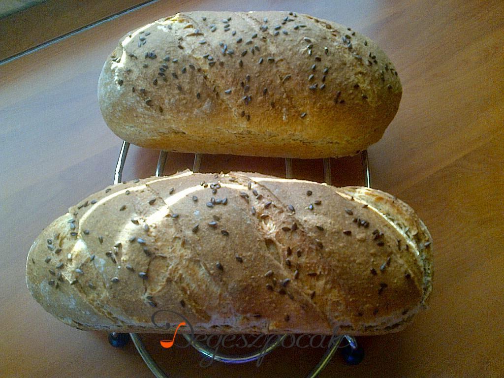 Teljes kiőrlésű graham és egyéb lisztes kenyér
