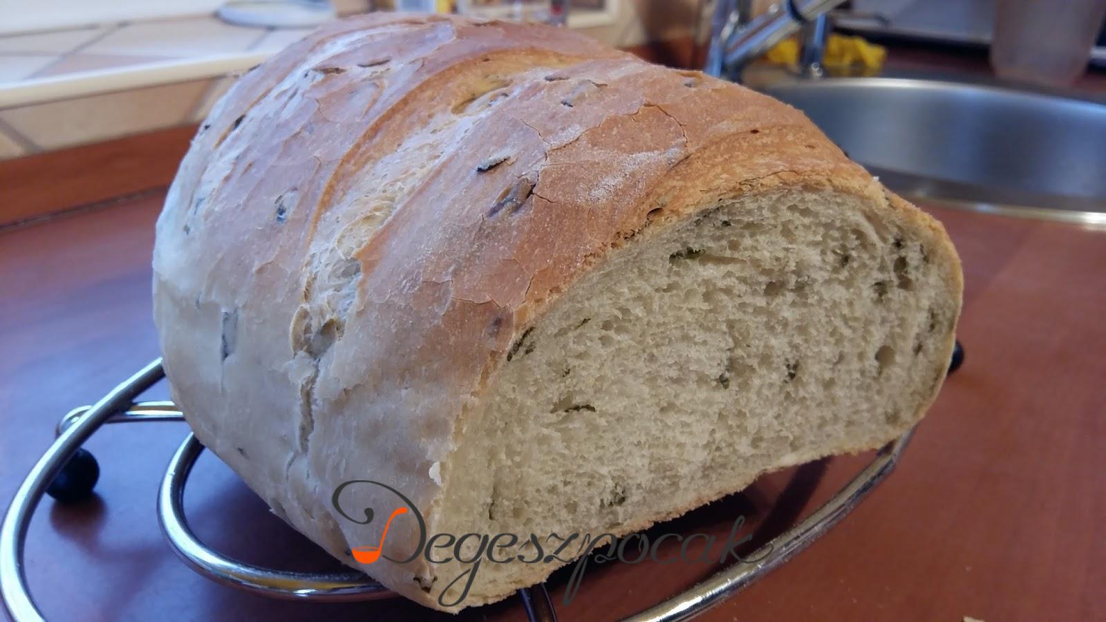 Medvehagymás kenyér egyszerűen