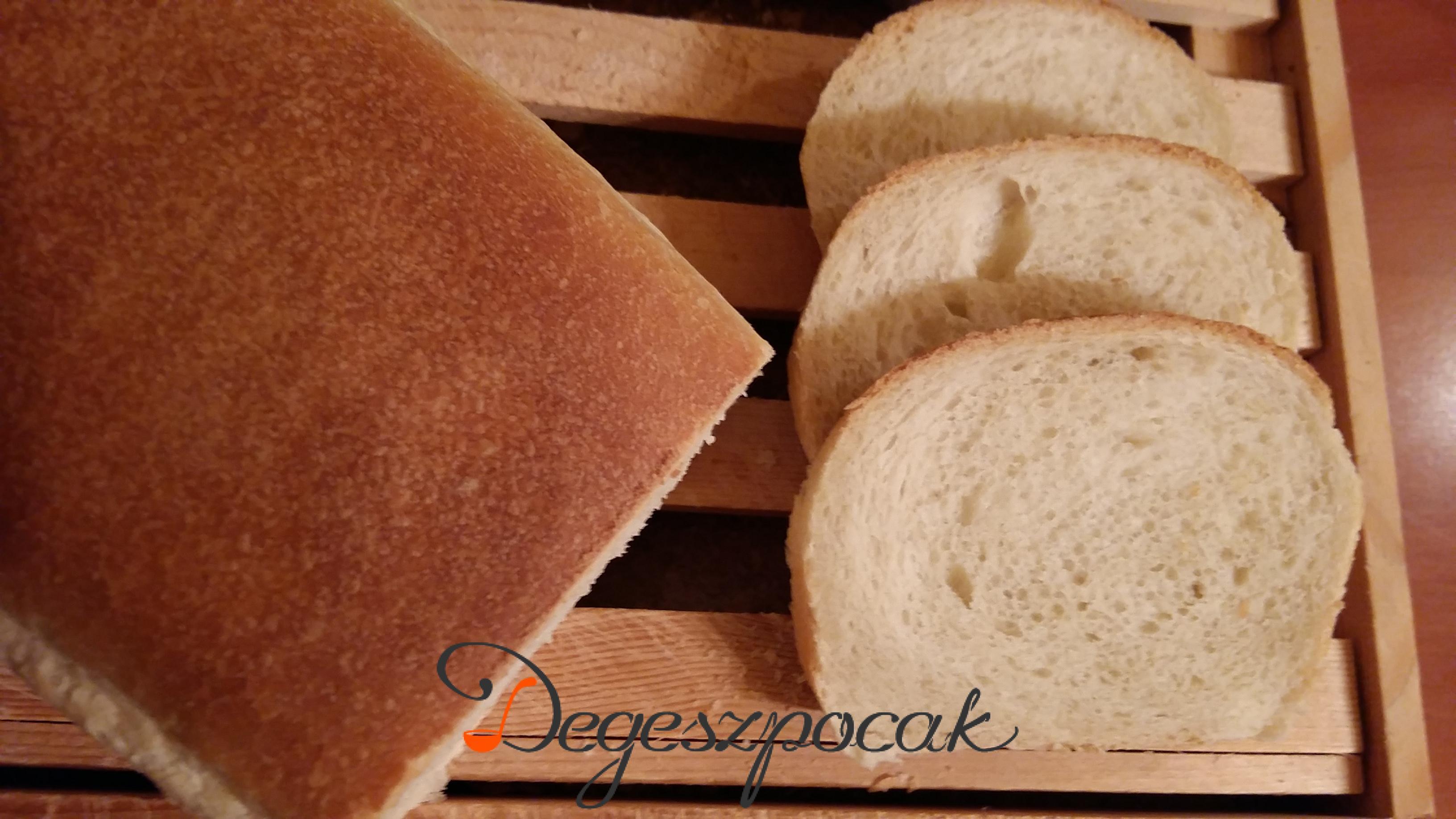 Vajas szendvicskenyér tejmentesen